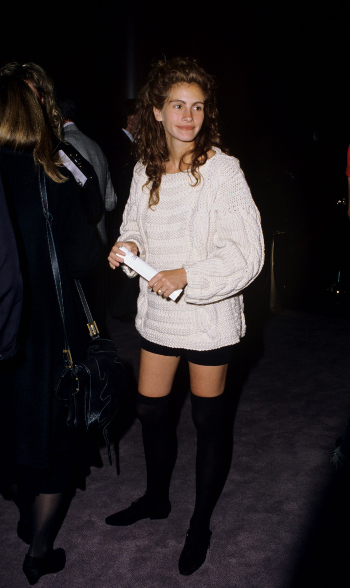 julia roberts white sweater 1989