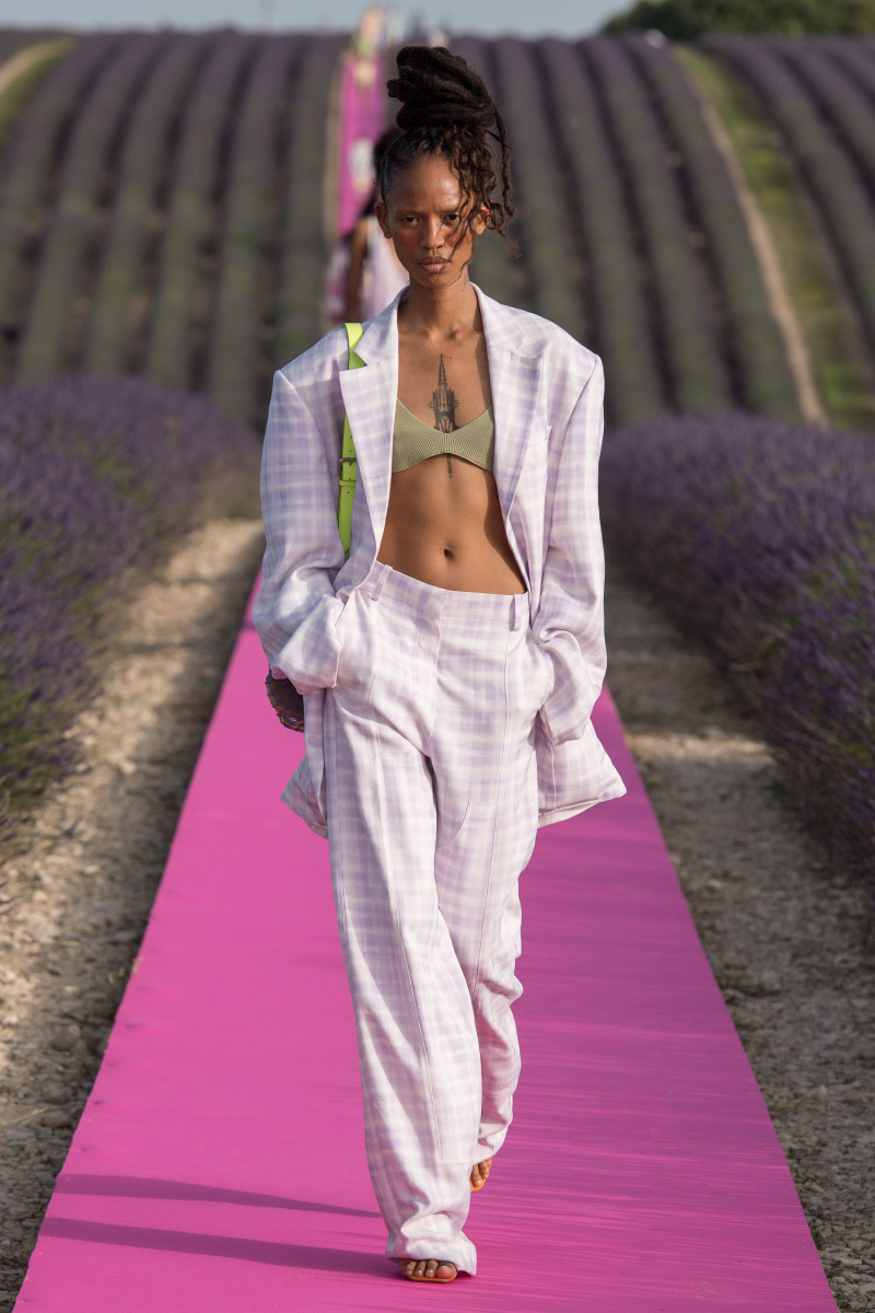 A look from the Jacquemus Spring 2020 collection.