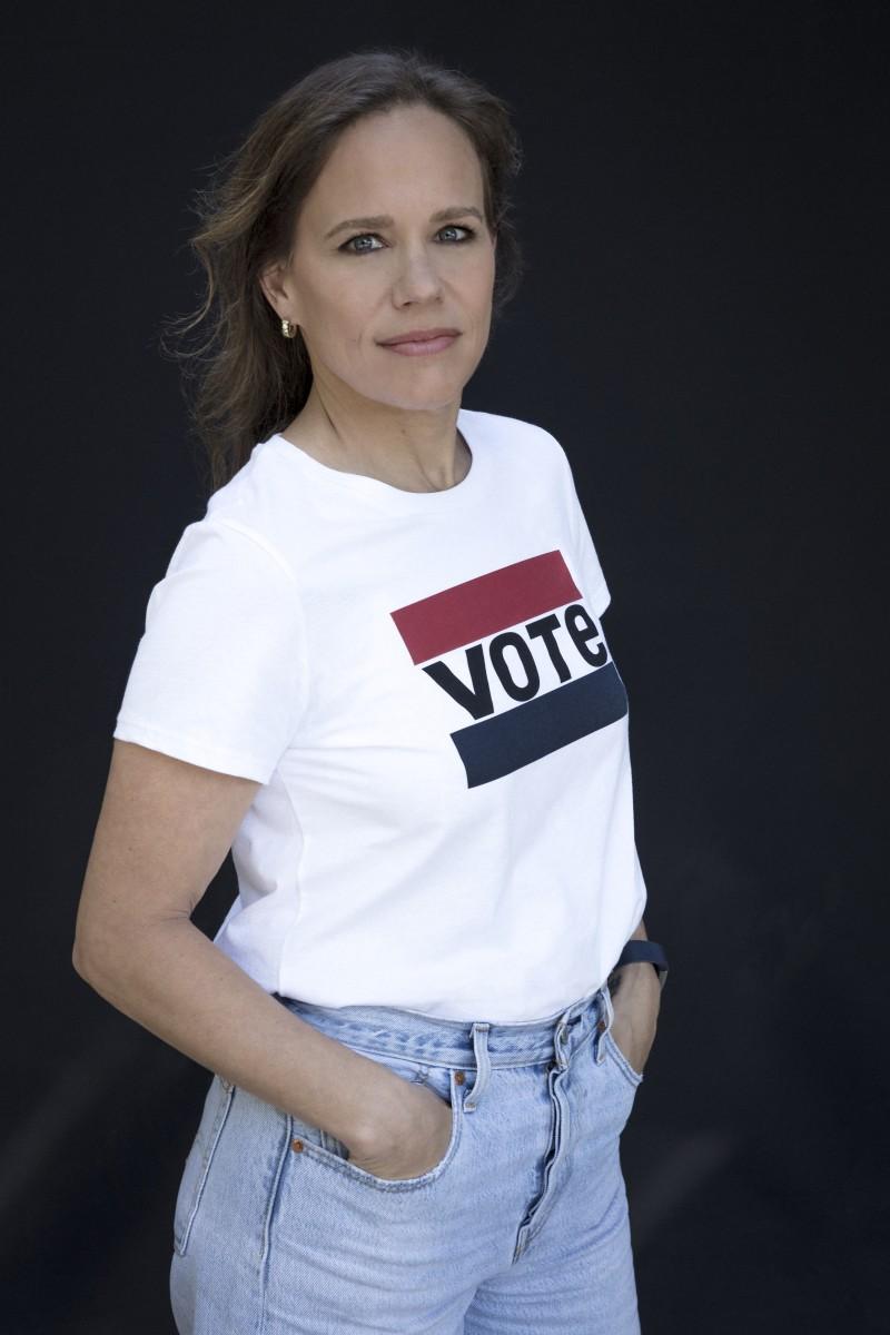 Jen Sey_Headshot_VOTE