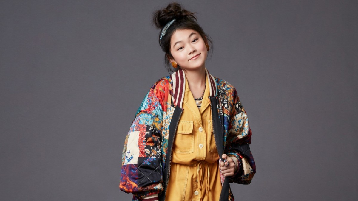 The Baby Sitters Club Star Momona Tamada On Claudia Kishi S Fashion Influence And Her Cool Nod To Clueless Fashionista