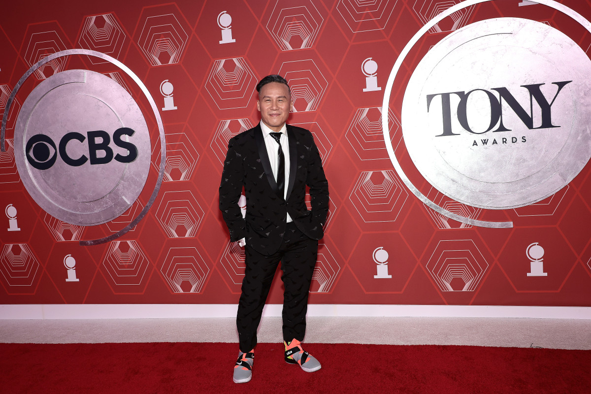 BD Wong in colorful sneakers at the 2021 Tony Awards.