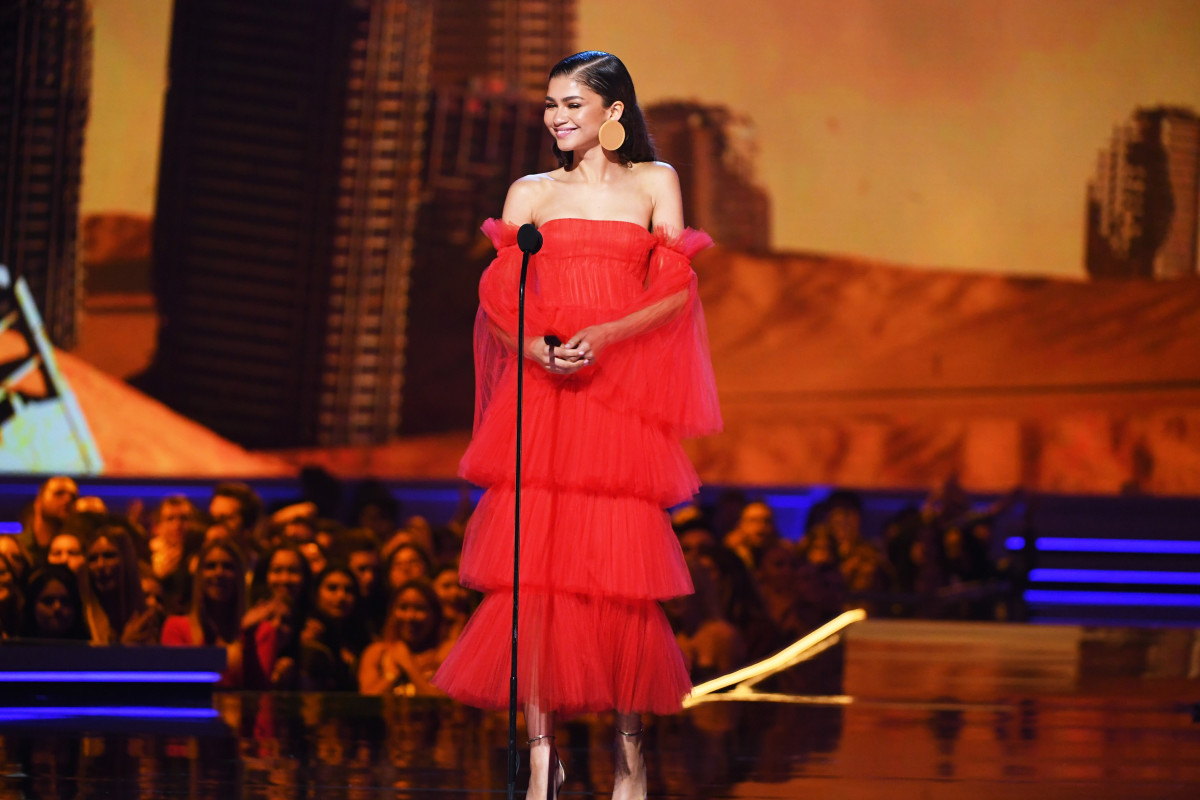 Zendaya speaks onstage during the 2018 MTV Movie And TV Awards