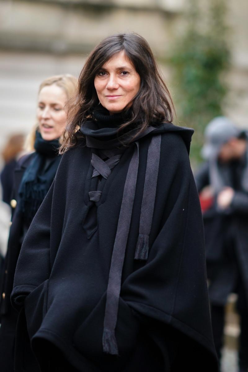 Emmanuelle Alt attends the Nina Ricci show as part of the Paris Fashion Week Womenswear Fall:Winter 2018:201