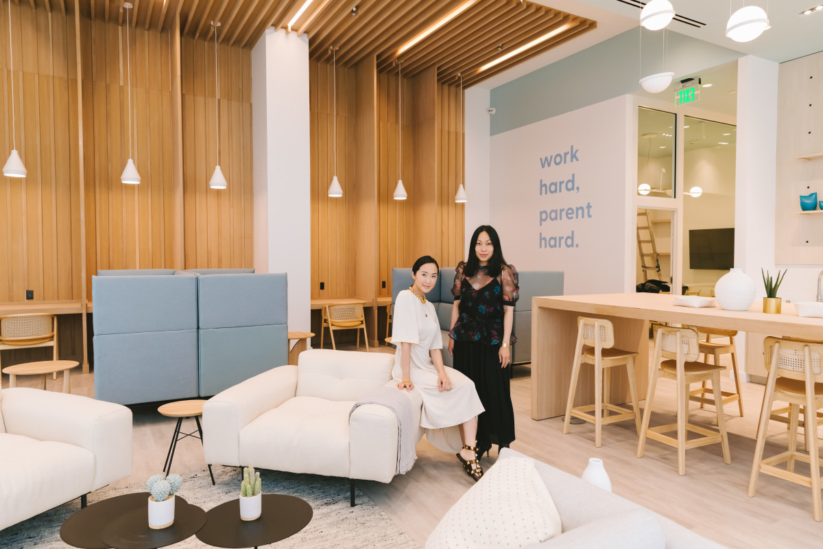 Lim, with co-founderJoan Nguyen, atBümoWork's first location, atWestfield Century Cityin L.A.