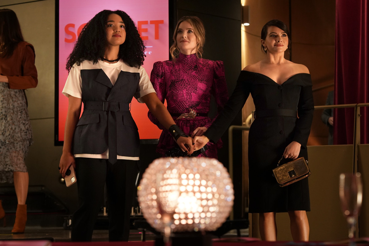 Kat in a Junya Watanabe top, Sutton (Meghann Fahy) in an Alessandra Rich dress and an Alexis Kirk belt with Jane (Katie Stevens) in a Brock Collection dress from Fall 2020.