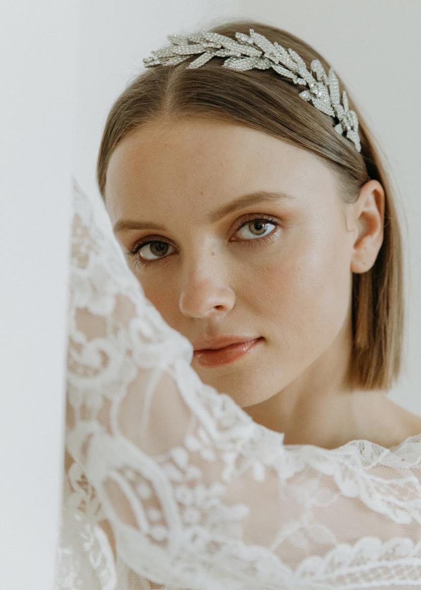 "Jennifer Behr's 'Arielle' headband worn by Blair Waldorf for her wedding to Chuck Bass in the ""Gossip Girl"" finale."
