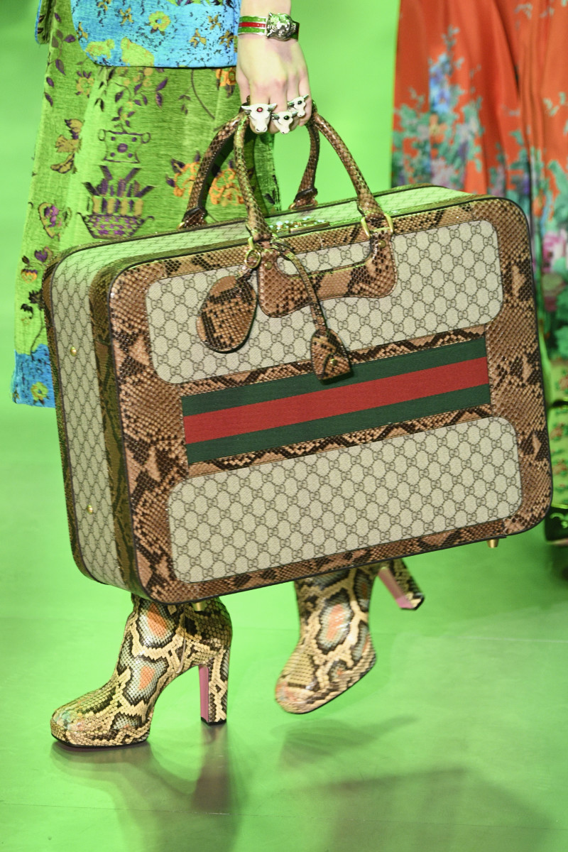 gucci-suitcase