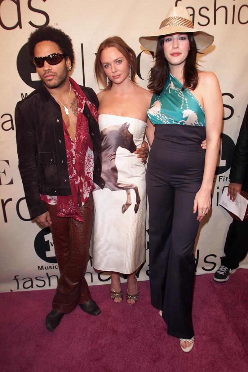 Rock'n'roll royalty: Lenny Kravitz, Stella McCartney and Liv Tyler at the 2000 VH1 Vogue Fashion Awards