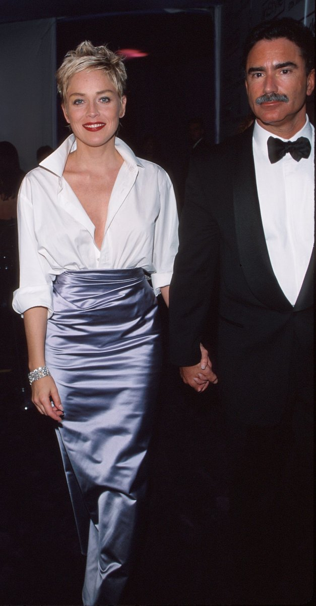 Sharon Stone & Phil Bronstein in BEVERLY HILLS 1998 Oscars