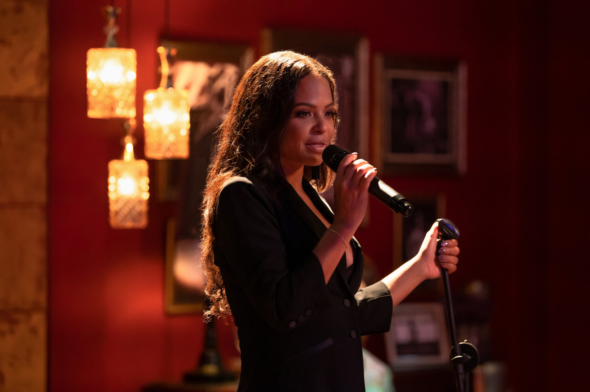 Milian as Erica singing producer Alicia Keys's hit, 'No One' in 'Resort to Love.'