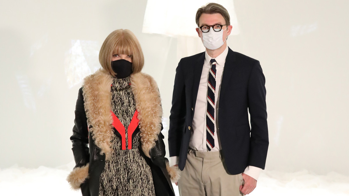 Anna Wintour and Andrew Bolton in the Metropolitan Museum of Art.