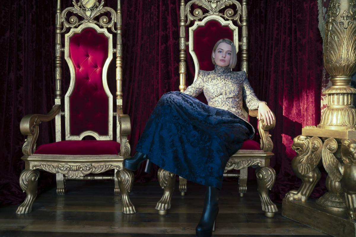 Princess Gwen (Tallulah Grieve).