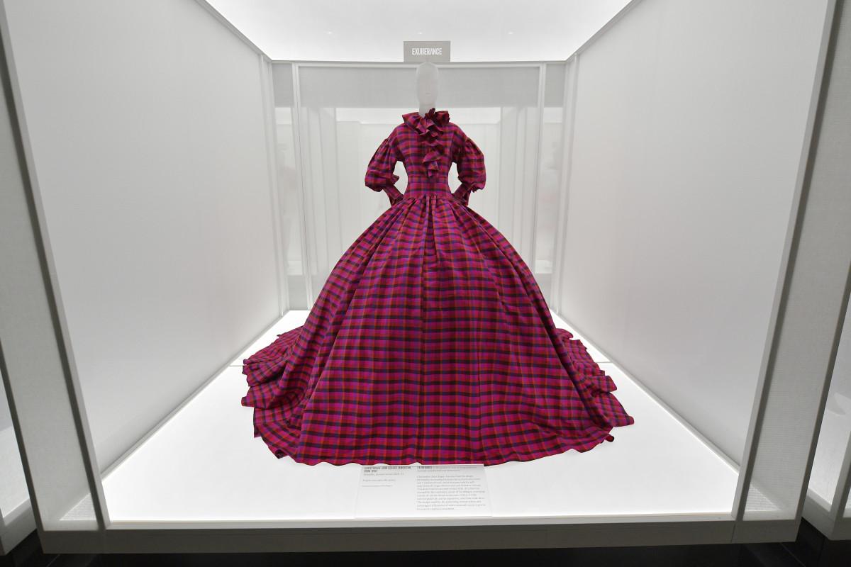 america-lexicon-fashion-met-costume-institute-exhibit-2021-4